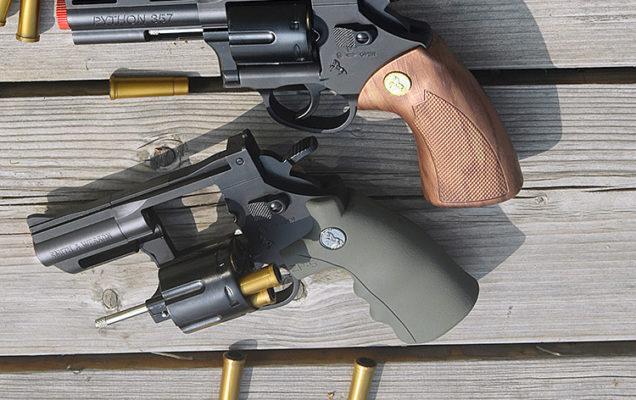 súng lục đạn thạch mô hình