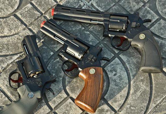 súng lục đồ chơi thật